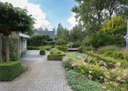 Tuinen onderhouden/aangelegd door Jasper Moes.